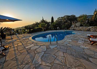 Backyard Swimming Pool Design in Phoenix